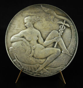 Medal-le-Port-of-Harve-Pierre-Marie-Fish-Ladies-Naked-Mounted-on-One-Dolphin