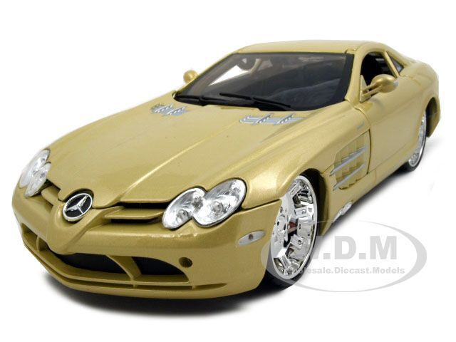 Mercedes Mclaren Slr 1 18 Diecast Model Car By Maisto Ebay