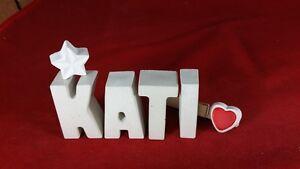 Beton-Steinguss-Buchstaben-3D-Deko-Namen-KATI-als-Geschenk-verpackt