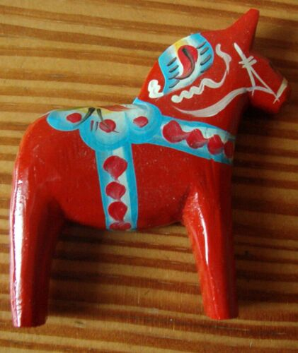 Dalarnapferd Magnet Dalapferdchen blau oder rot 7 cm