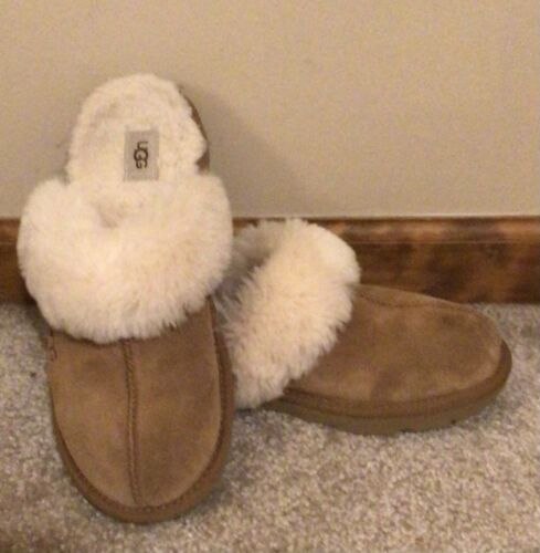 Ugg Coquette Slippers - Womens 7/Youth 6 - Very Go