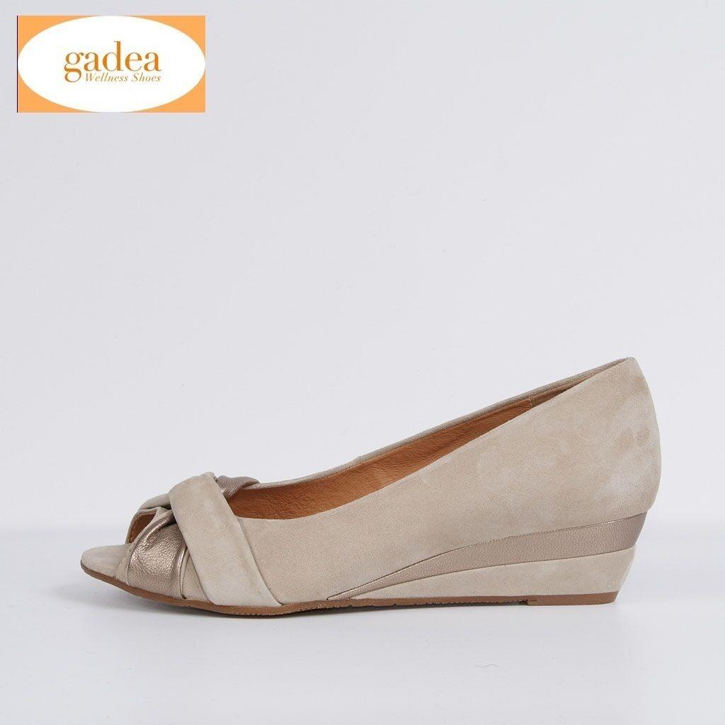 Los zapatos más populares para hombres y mujeres Descuento por tiempo limitado Gadea Damen Ballerina Slipper Beige Neu Leder 37 38 39 Schuhe