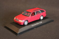 Minichamps (DV) Mercedes-Benz C220 T-Modell 1:43 Rot (JS)