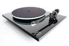 Rega P2 Planar Turntable - Black