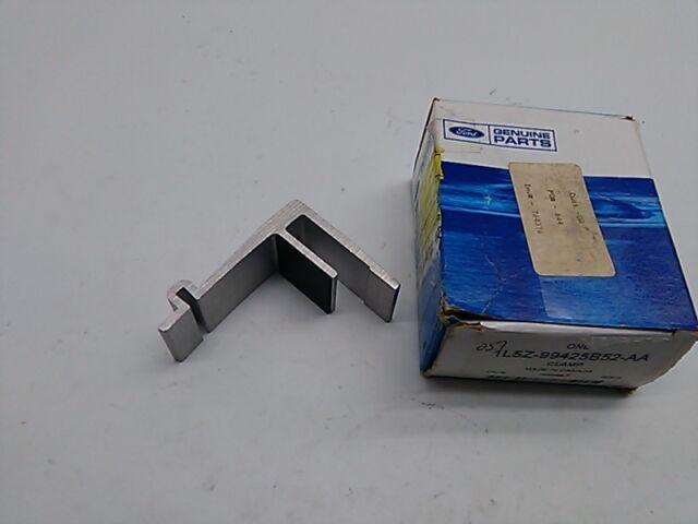 FORD OEM 01-11 Ranger Pick Up Box Bed-Upper Rail Pin 1L5Z99286A62AAB