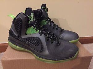 buy popular 73489 8d9ef Image is loading Nike-LeBron-James-9-IX-Dunkman-Dark-Grey-