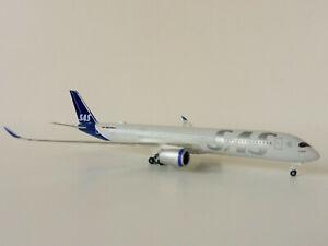 Airbus-A350-900-Scandinavian-Airline-1-500-Herpa-534406-A350-Xwb-Viking