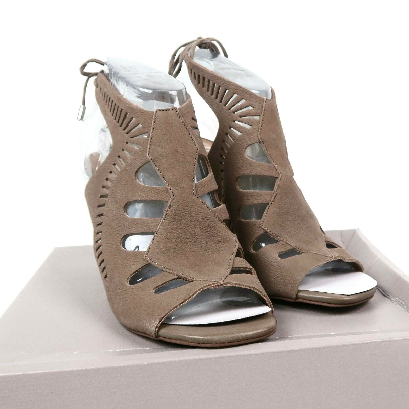 Franco Sarto Damenschuhe 'Carolina' Cut Out Sandale Suede Bootie Mushroom Taupe 7.5 M