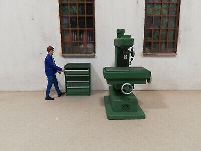 f Schrank Lokschuppen,Werkstatt usw.,1:32,Spur 1 Figur MSM Fräsmaschine