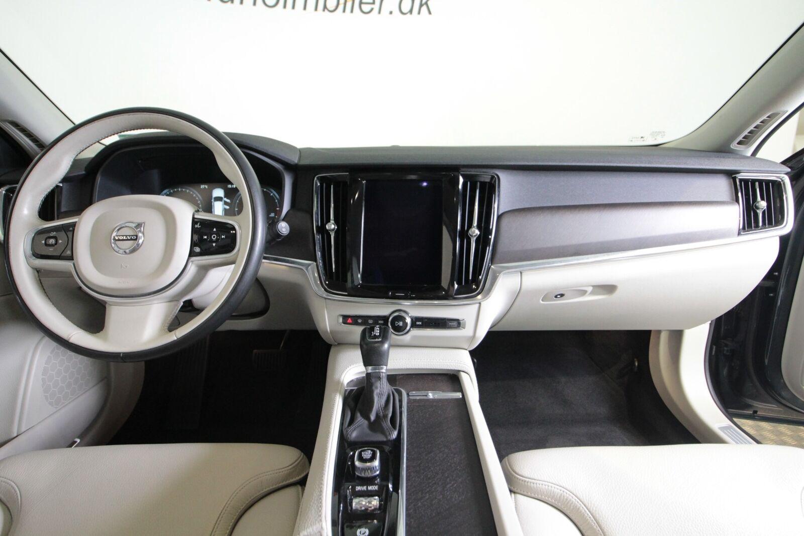 Volvo V90 CC D4 190 Pro aut. AWD