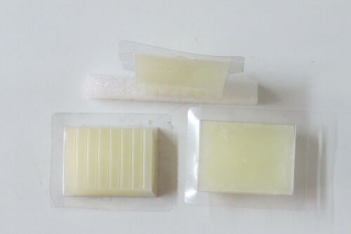 Wax for eyes hang, (22 grammes)  with explanation notice