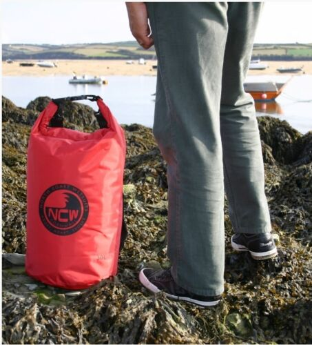 30 L Cyclists love our bags 100/% Waterproof dry bag inc padded rucksack straps