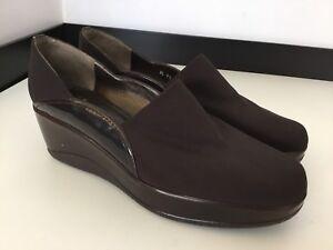 Stuart Weitzman marrone Wedge Court scarpe Heels Size Uk 39.5 Uk Size 6.5 Vgc   31a41b