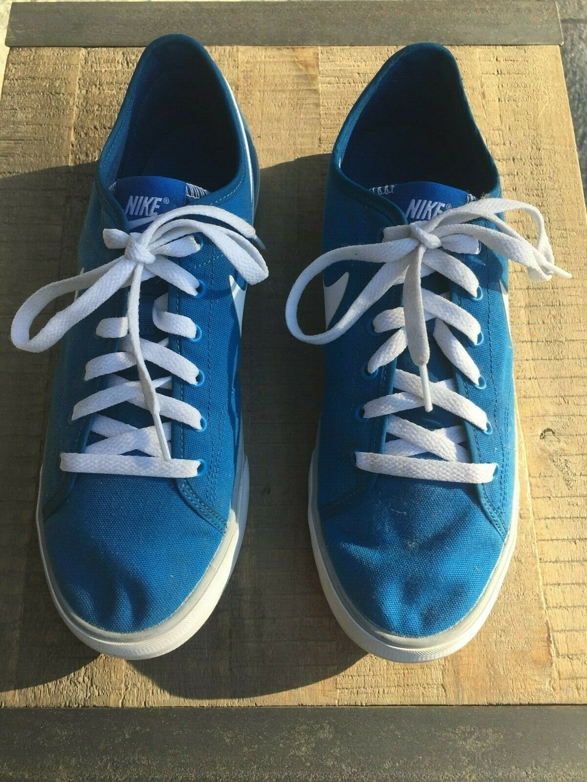 Nike Primo Court bluee And White Men's Athletic shoes Size 10 U.S.
