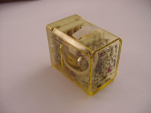 Idec RH2B-UL  AC110-120V  Relay With Base  Ships on the Same Day of the Purchase