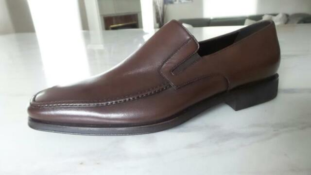 af0b46e3544 NEW auth MEN S VALENTINO LOAFERS DRESS SHOES BROWN 9 M