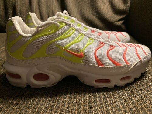 Nike Air Max Plus TN Hot Punch Volt 862201-102 Wom