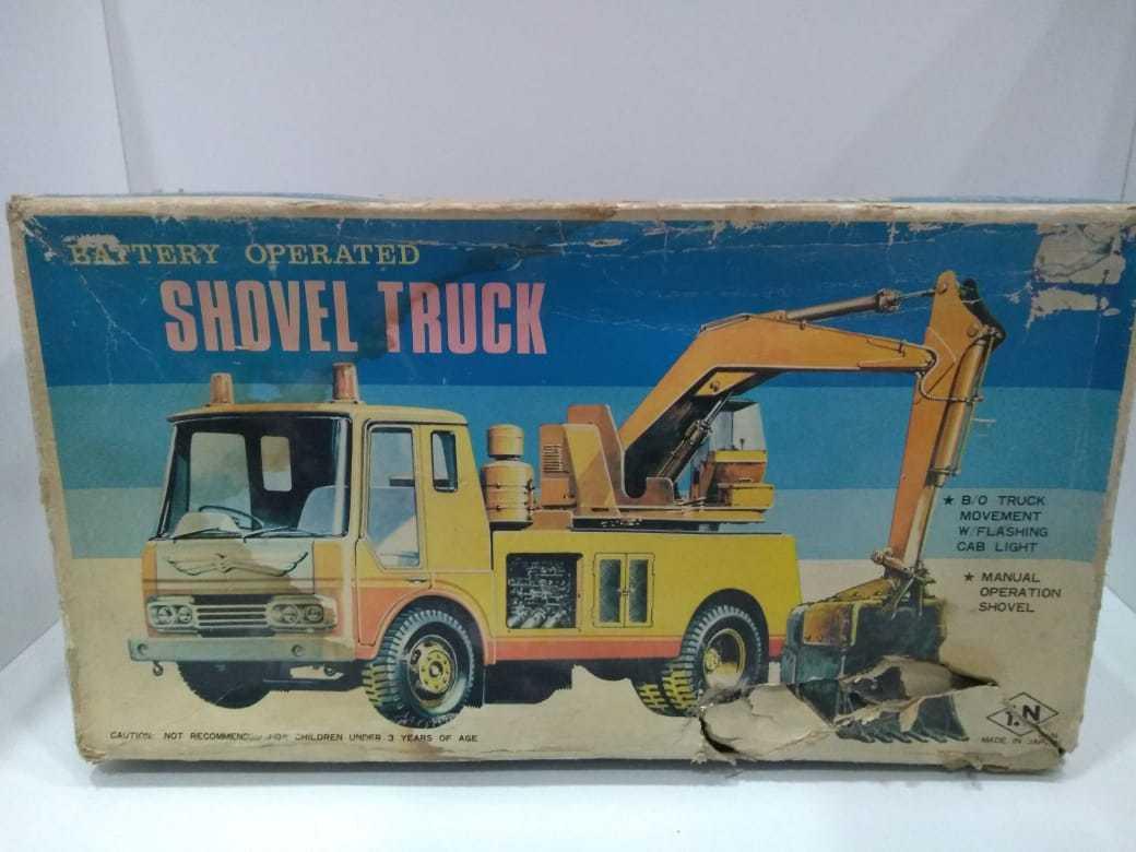 Pala camión batery operado hecho en Japón por T.M En Lata Vintage y sorprendente