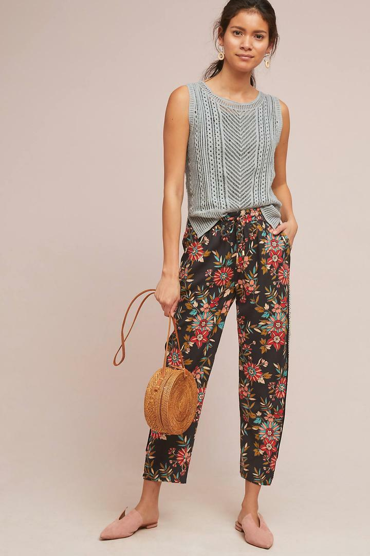 ANTHROPLOGIE  Floral Capri Beaded Joggers Pants Floral XS   NWT