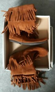 NEW-Womens-10-MINNETONKA-10-034-SHAFT-TALL-Boots-COGNAC-Brown-Suede-Triple-FRINGE