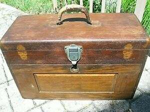 UNION-TOOL-CO-MACHINIST-TOOL-BOX-CHEST-OAK-SEVEN-DRAWER-TO-RESTORE-copy-Gerstner