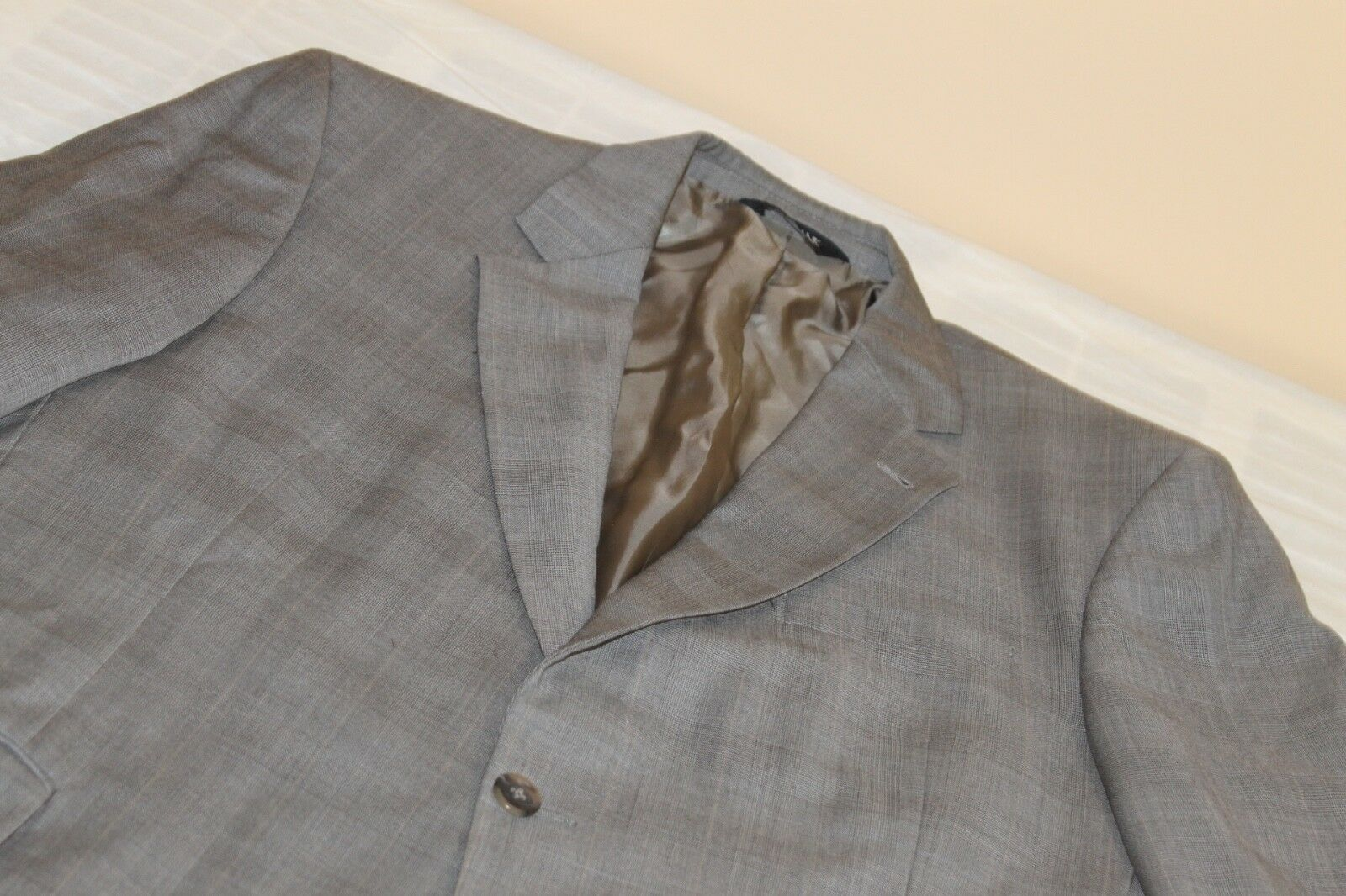 JOS A BANK SIGNATURE COLLECTION grau Plaid Suit 43 R 100% Wool