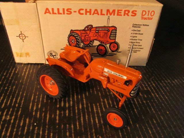 SpecCast Allis Chalmers D10 Tractor Collector Edition Diecast 1 16 1990 DAC405