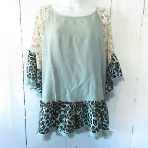 New-Umgee-Top-1X-Green-Leopard-Floral-Ruffle-Linen-Blend-Raw-Edge-Plus-Size