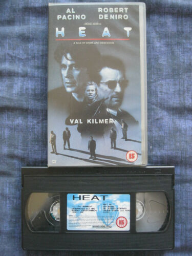 1 of 1 - HEAT VHS VIDEO. EAN: 5014780141926. Pacino,De Niro,Kilmer,Voight,Judd.Cert.15.
