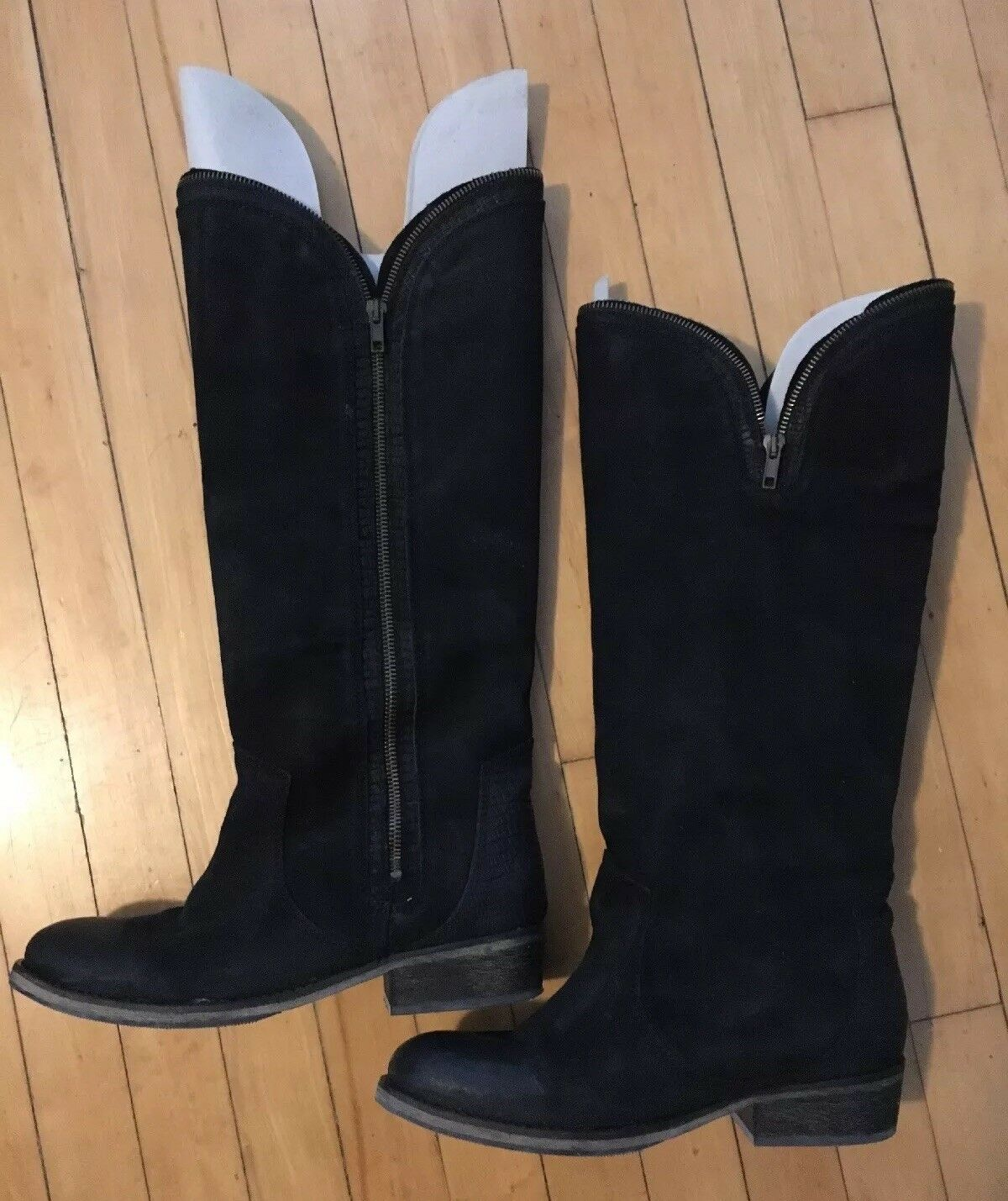 Bronx boots Zipper Detail Blk Size 8.5us org Box Exc Condition