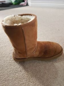 94caa48afb0 Details about 100% Authentic Brown Ugg Boots Size W6 / UK 4