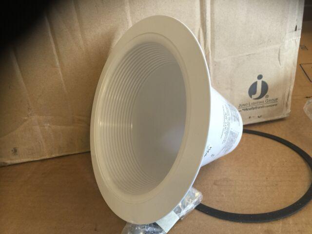Juno Lighting V3034WH White Closed Baffle Trim for IC22