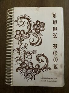 Vintage 1998 Halstad Community Club Minnesota Cookbook Recipes Cook Book