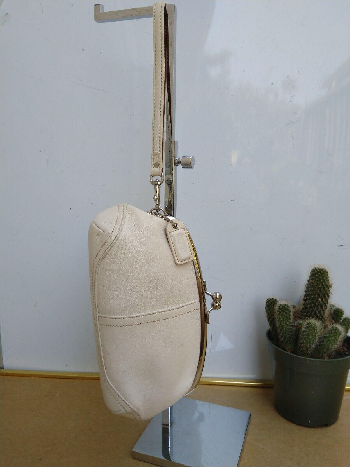 Coach Vtg Soho Kisslock Ivory Leather Framed Wris… - image 3