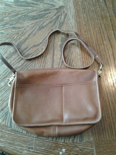 Vintage 1980s Coach Brown Leather Crossbody City B