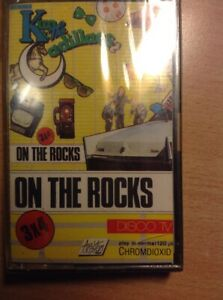 KIM-amp-the-cadillac-MUSICASSETTA-ON-THE-ROCKS-NUOVA-D-039-EPOCA-SIGILLATA
