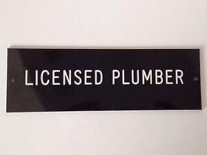 Licensed-Plumber-Door-Sign-6-034-x-2-034-Office-Desk-Signs