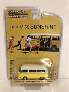 "1978 VW T2 Bus  /"" Little Miss Sunshine /"" Film Volkswagen *** Greenlight 1:64 NEU"