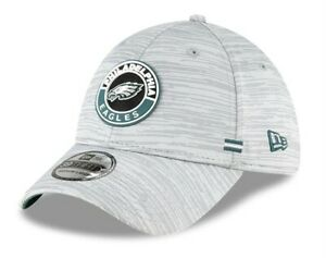 Philadelphia Eagles New Era NFL 2020 Onfield Road 39Thirty Flex Fit hat cap M/L