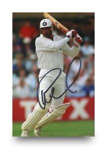Graham-Gooch-Signed-6x4-Photo-England-Cricket-Batsman-Autograph-Memorabilia-COA