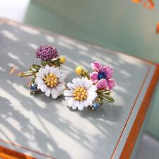 Boucles d`Oreilles Clous Puce Doré Email Vert Blanc Rose Bourgeon Marguerite L6