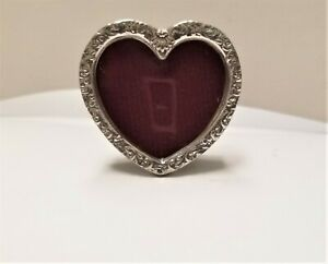 1915-Antique-Hudson-Pewter-Victorian-Mini-2-034-x-2-034-Heart-Picture-Frame-Easel-Mint