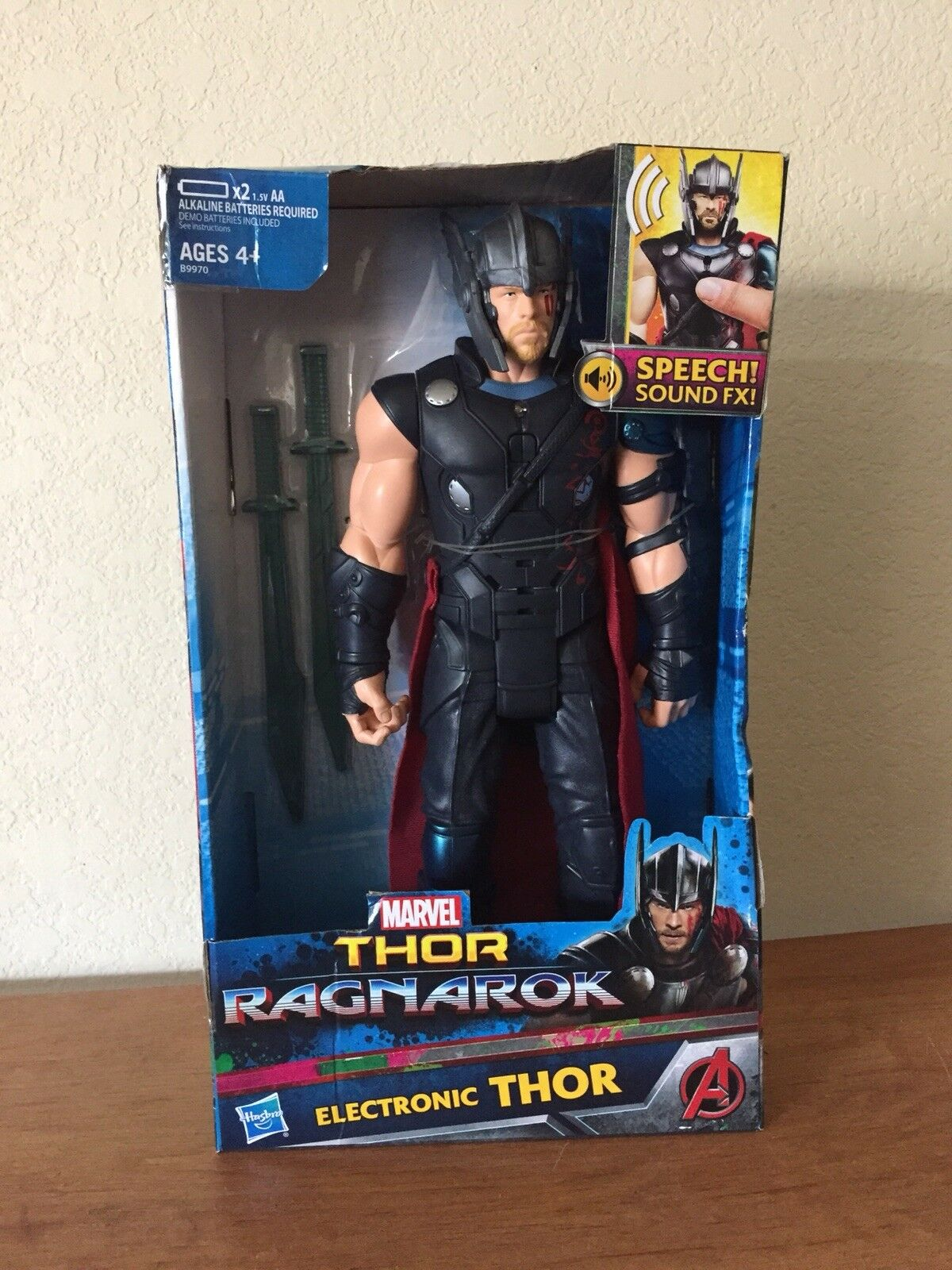 "Thor Ragnorok 12"" Action Figure By Marvel"