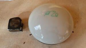 Plafoniera Vetro Satinato Bianco : Antica plafoniera rotonda in vetro satinato bianco e base di