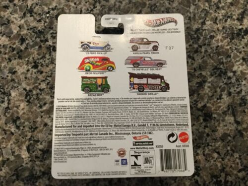 2013 Hot Wheels Snickers Anglia Panel Truck w//RealRiders and Redlines