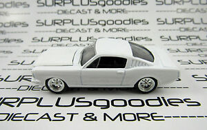 Johnny-Lightning-1-64-Scale-LOOSE-Blank-White-1965-FORD-MUSTANG-2-2-Fastback-935