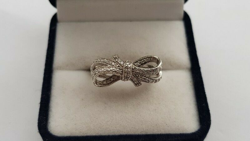 BA589 Sterling Silver Bow Ring