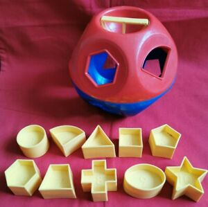 Vintage-Tupperware-Shape-O-Ball-shape-sorter-toy-FANTASTIC-CONDITION