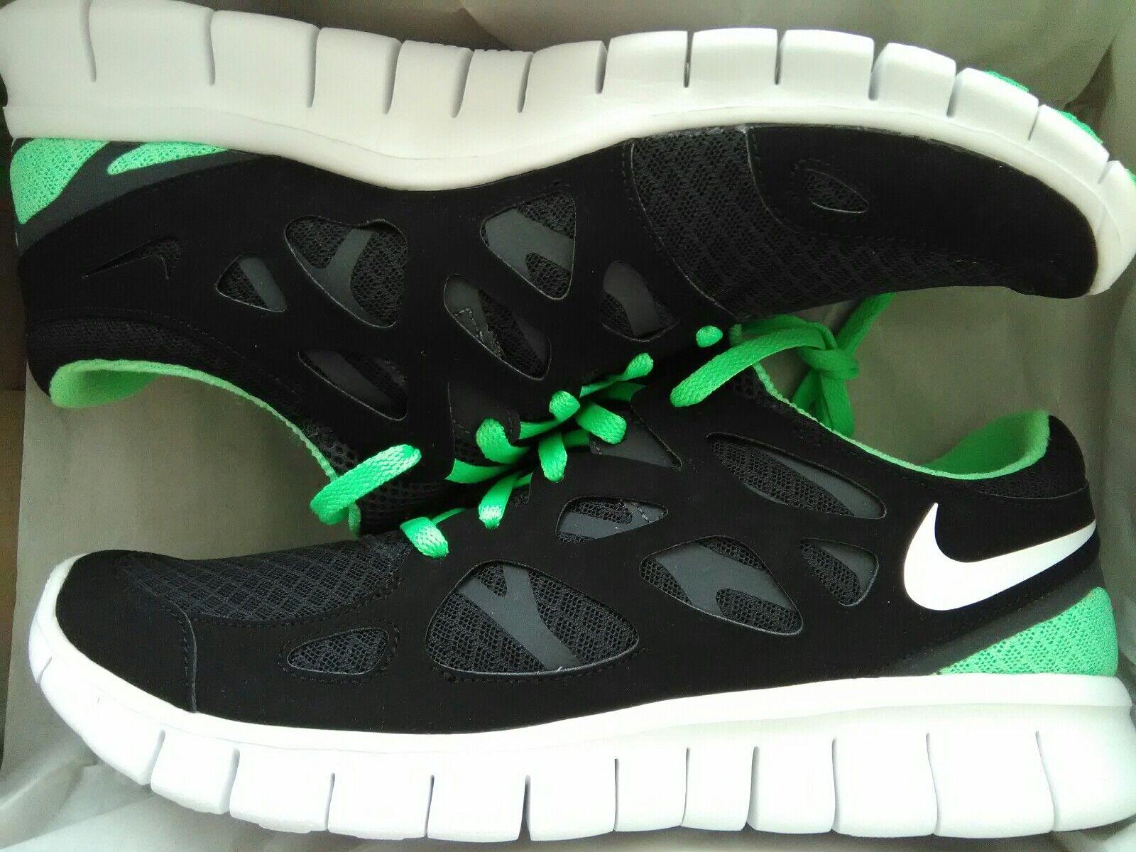 Nike libero e due scarpe nero taglia 9 sage verde nero scarpe nuovo Uomo 6be69d
