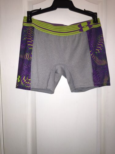 NWT Under Armour Gray Purple Print Compression Fit Training Shorts Youth Girl/'s